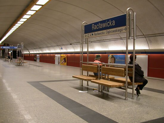 Architektura stacji metra na fotoreportażu